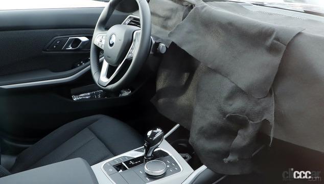 「BMW 3シリーズ改良型の画像が流出か!? 刷新されたフロントマスクを確認」の2枚目の画像