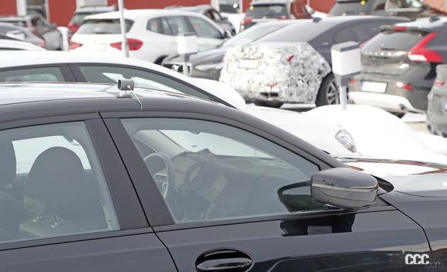 「BMW 3シリーズ改良型の画像が流出か!? 刷新されたフロントマスクを確認」の4枚目の画像