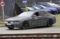 BMW 5シリーズのEV版「i5」市販型プロトタイプを単独スクープ! - Spy shot of secretly tested future car