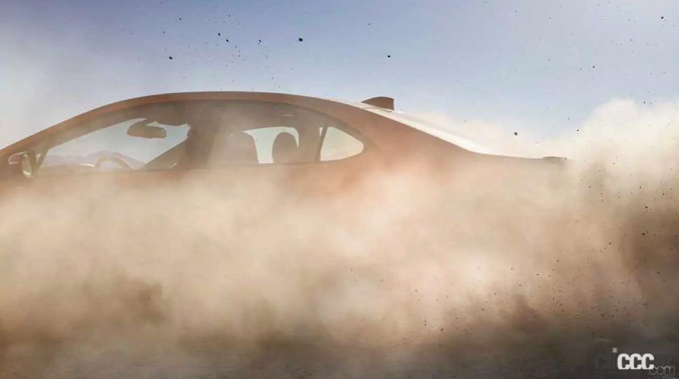 「スバルWRX次期型、デビューは8月19日に決定!Cピラーも公開」の3枚目の画像