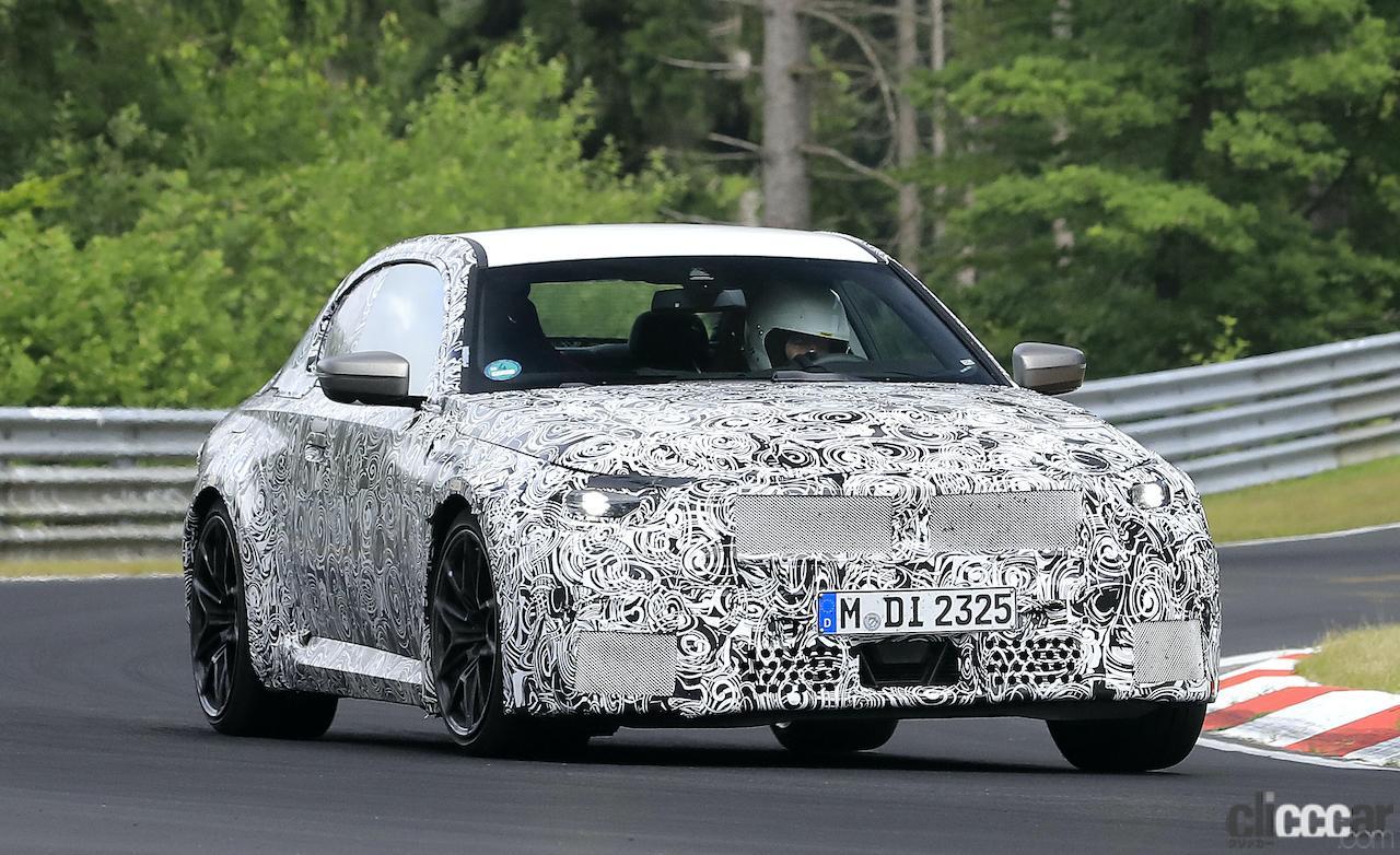 「新型BMW M2がニュルで高速テスト!M3/M4用3L直6ツインターボをデチューン搭載」の2枚目の画像