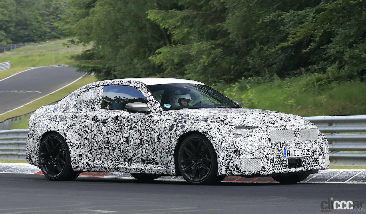 「新型BMW M2がニュルで高速テスト!M3/M4用3L直6ツインターボをデチューン搭載」の4枚目の画像