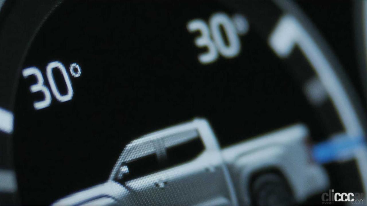 「エンジンは3.5L V6か?トヨタ タンドラ次期型、車内を先行公開。「TRD Pro」シートも奢る」の6枚目の画像