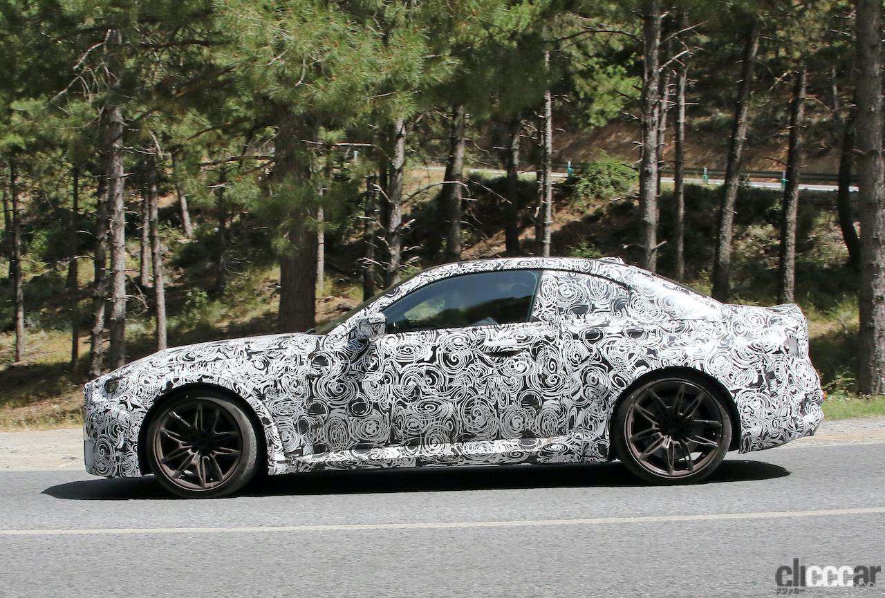 「新型BMW・M2、専用グリルが初露出。登場は2022年後半?」の10枚目の画像