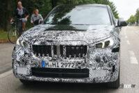 見えた湾曲ディスプレイ! BMW X1次期型、内部写真を入手 - BMW X1 2