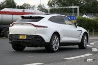 ハイブリッドモデルをキャッチ! アストンマーティン DBXラインアップ強化の第1弾 - Spy shot of secretly tested future car