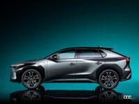 トヨタ2022年発売の電気自動車「bZ4X」は10年後でも電池容量90%確保!EVのリセールバリューは悪くなくなる【週刊クルマのミライ】 - TOYOTA bZ4X_side