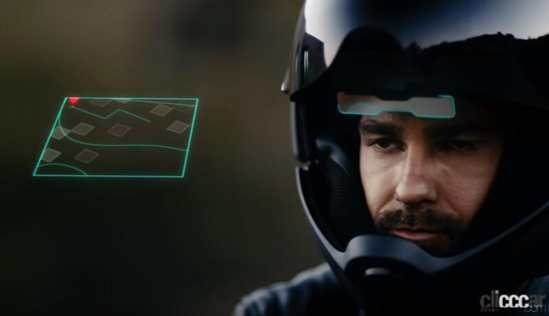 バイク用のHUB付き未来ヘルメット・クロスヘルメットX1に3つの言葉を唱える音声ナビ機能