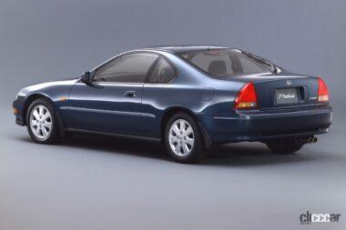 1991年発売の4代目プレリュードの後ろ外観、ノッチバックの流れるようなリアスタイル