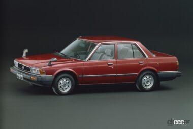 1981年発売の2代ア目アコードセダン、直線基調のシャープなスタイル