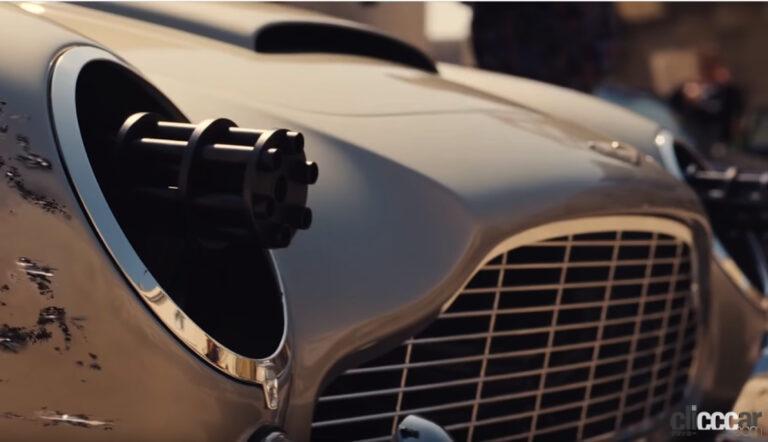 007新作に出てくるクルマとバイク9選