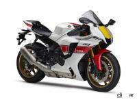 伝統の「白赤ストロボ」も復刻!ヤマハの1000ccスーパースポーツ「YZF-R1M/R1」に2022年モデルが登場 - 2022_yamaha_yzf-r1_60th_01