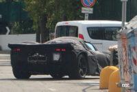 フェラーリ 新型V12_004