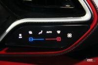 フェラーリ296GTBの内装08