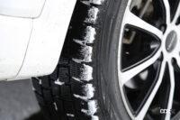 雪国のドライバーに聞いたスタッドレスタイヤの履き替え時期