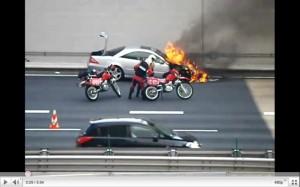 阪神高速4号湾岸線で事故!渋滞!画像・動画 数台 …