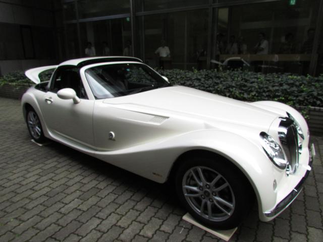 光岡卑弥呼(ヒミコ)が50〜60万円の大幅値下げ。3周年記念車も登場 | 光岡卑弥呼06 Clicccar
