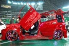 【福岡カスタムショー2011】世界最多?なんと5枚ガルウイングのド派手bB! のパーマリンク