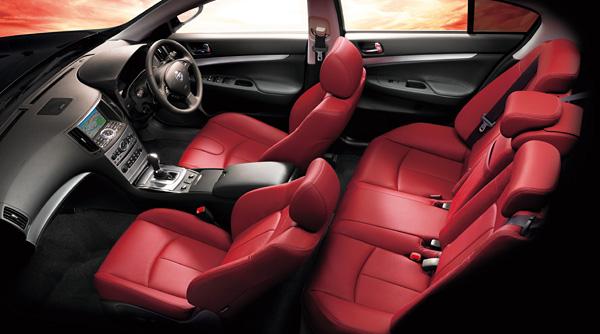 日産スカイライン・セダン限定車「55th Limited」発売記念 歴代スカイラインのすべて V36 111219