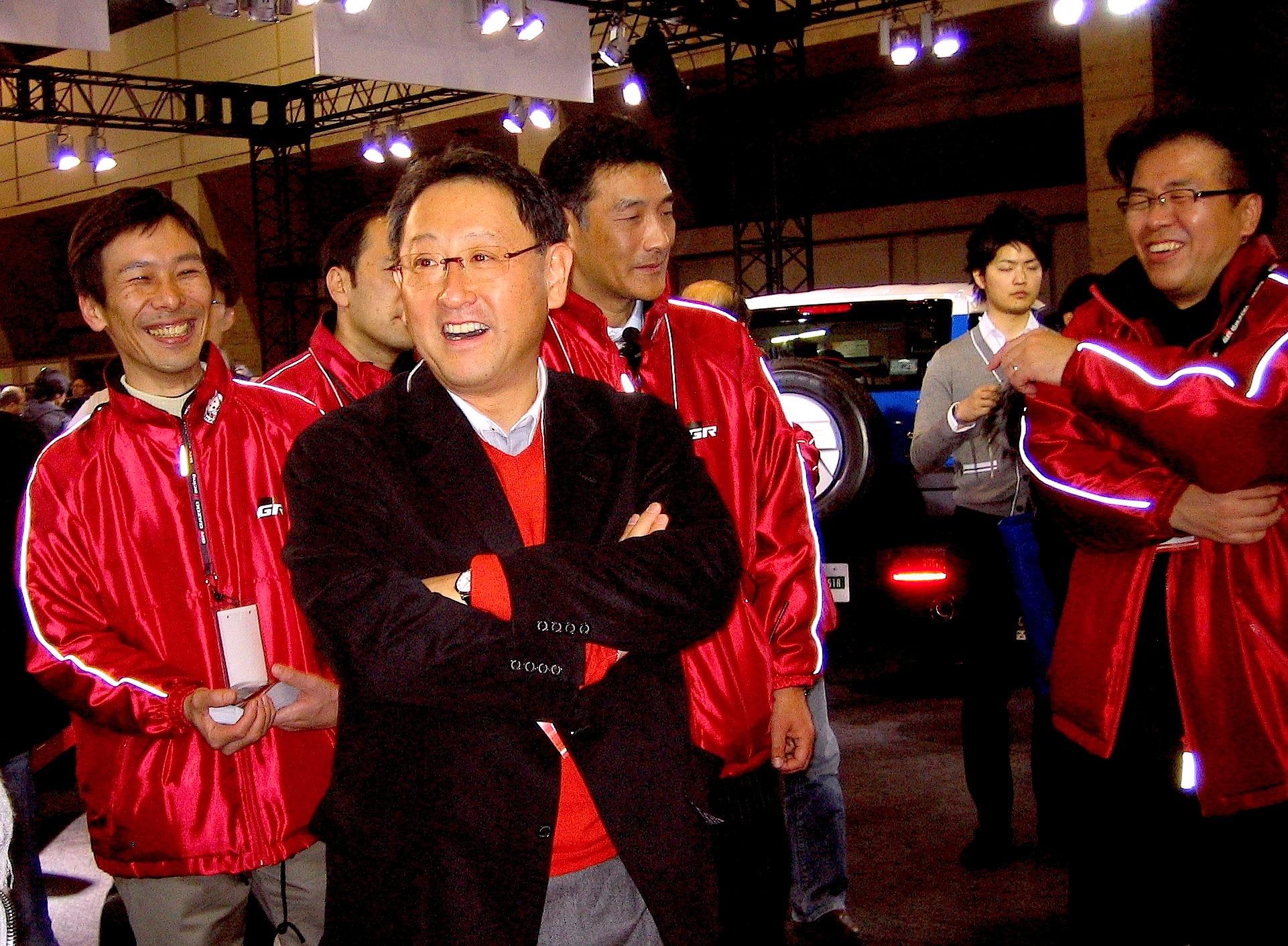 豊田章男社長・オートサロン2011-1