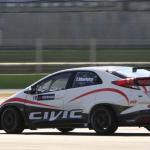 世界を相手に闘うシビック・レースカーがシェイクダウン! - wtcc_civic_test005